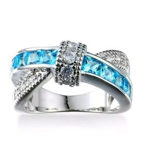 Jewelry - GORGEOUS GEMSTONE RING NEW SIZE 8